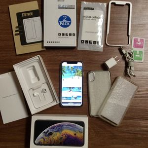 👍🏼Perfect IPhone 10Xs 256GB W FREE Extras for Sale in Manalapan Township, NJ
