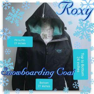 Roxy Snowboarding Coat Medium for Sale in Doubs, MD