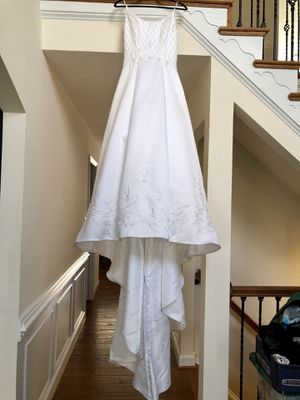 Michelangelo Wedding Dress Size 6 for Sale in Fairfax, VA