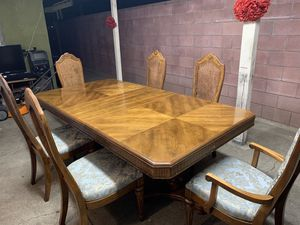6 Chair Dining Table for Sale in Upland, CA