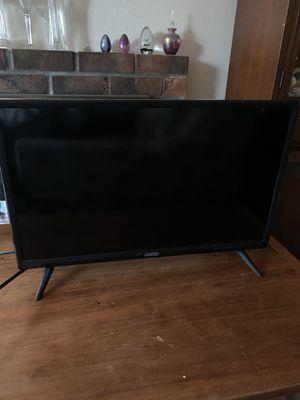Vizio 24 inch HD LED TV for Sale in Seattle, WA