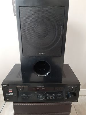 Sony STR-DE475 Stereo Fm/Am Receiver w/ sony Subwoofer for Sale in Los Angeles, CA