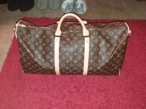 Louis vuitton duffle bag for Sale in Indianapolis, IN