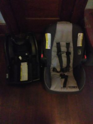Car seat with base for Sale in Moline, IL
