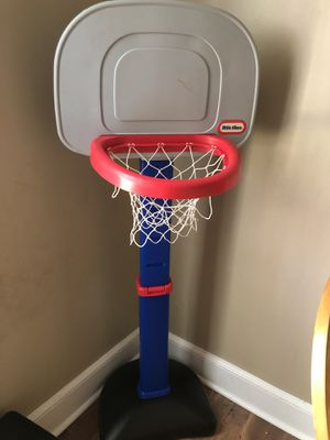Basketball hoop for Sale in Buena Vista, VA