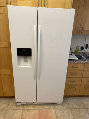 Amana refrigerator for Sale in Tustin, CA