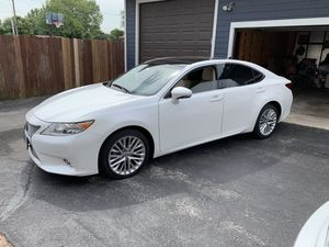 Lexus ES350 2015 for Sale in Riverdale, IL