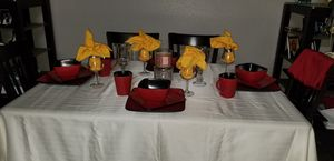 16 piece dinnerware set & glassware for Sale in Forest Heights, MD