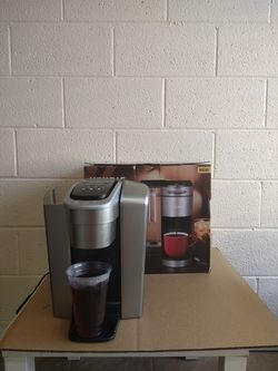Keurig coffee maker for Sale in Henderson,  NV