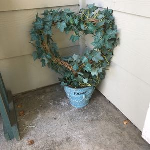 Heart Topiary Fake Plant for Sale in Stevenson Ranch, CA