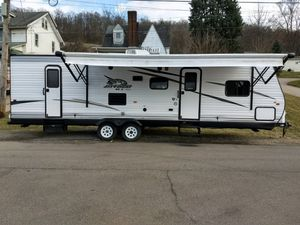 2016 Jayco - Sleeps 10 - Delivery available for Sale in Canonsburg, PA