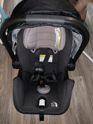 Baby jogger car seat and base and stroller 3 travel system for Sale in Buford, GA