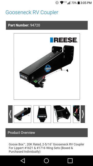 Reese Goosebox Hitch - 20K for Sale in Lakewood, WA