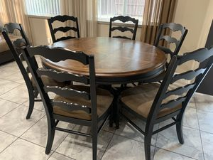 Dining round table from Ashley furniture's for Sale in Turlock, CA