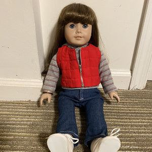 American Girl Doll With Carrying Box for Sale in Bailey's Crossroads, VA