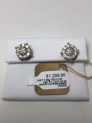 14k Yellow Gold Cluster Diamond Earrings for Sale in Hinsdale, IL