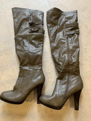 Thigh high boots size 7.5 for Sale in Germantown, MD