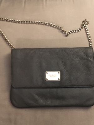 Michael Kors versatile clutch or handbag for Sale in Rockville, MD