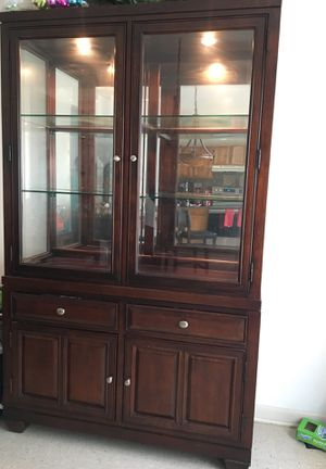 Cherrywood Raymore and Flanigan China Closet for Sale in Philadelphia, PA
