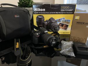 Nikon 3200 like New! No scratches! for Sale in Kissimmee, FL