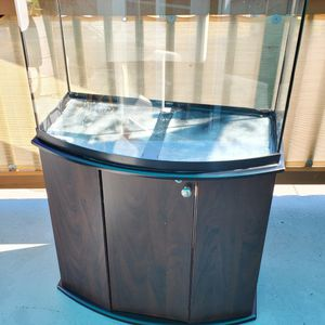 36 Gallon Bow Front Fish Tank for Sale in Happy Valley, OR