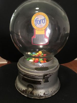 Ford Gum ball machine, early 1950's. Original condition with lock and keys. Functions! Great conversation piece for game room, home or office! for Sale in Nipomo, CA