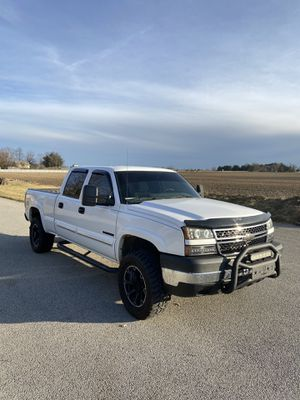 2006 Chevy Silverado 2500HD crew cab LT for Sale in Westfield, IN