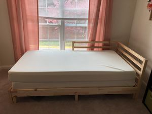 Daybed with 2 mattresses for Sale in Lincolnia, VA