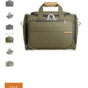Briggs and Riley Cabin Duffle for Sale in Tempe, AZ