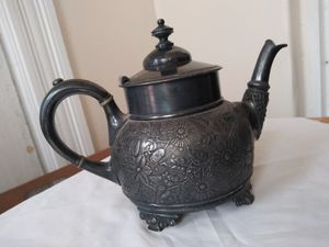 Old teapot for Sale in Providence, RI