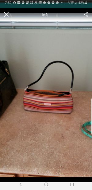 Kate spade little purse for Sale in Las Vegas, NV