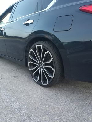 """20"""" rims/tires for Sale in Fort Hood, TX"""