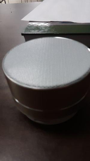 Bluetooth speaker for Sale in Paducah, KY