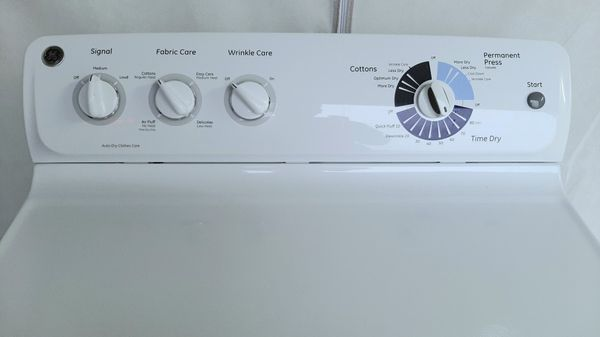 Dryer GE (FREE DELIVERY & INSTALLATION)