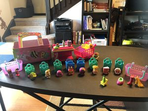 Shopkins set with characters for Sale in Tampa, FL