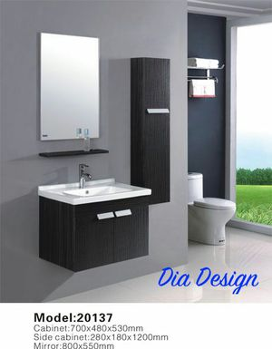 27.5 inch contemporary bathroom vanity with its mirror, shelf, sink and a wall cabinet for Sale in Columbus, OH