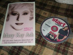 Mary Kay book and starter CD for Sale in Williamsport, PA
