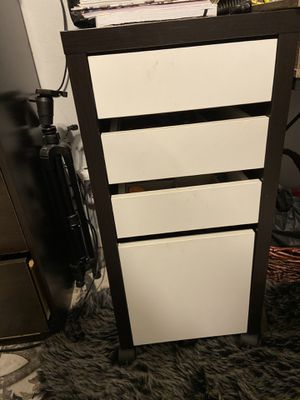 Alex 4 drawer for Sale in La Mirada, CA