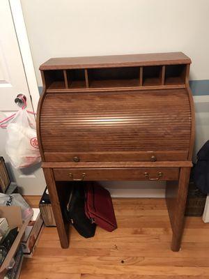 Desk for Sale in Lombard, IL
