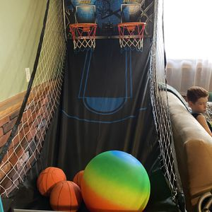 Arcade basketball Hoop With Electronic Score Keeping for Sale in Mansfield, MA