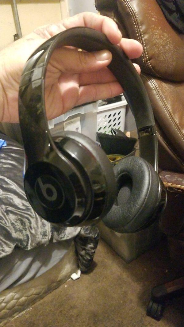 Solo 3 wireless beats by dre