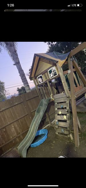 Kids Swing Set for Sale in Pomona, CA