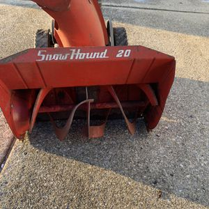 Used 20 Inch Snow Blower for Sale in Hammonton, NJ