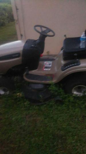 Craftsman riding lawn mower DSL 3500 it runs very good for Sale in Riviera Beach, FL