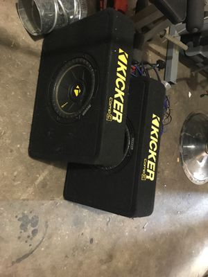 Kickers 2 10' with boxes for truck for Sale in Saginaw, TX