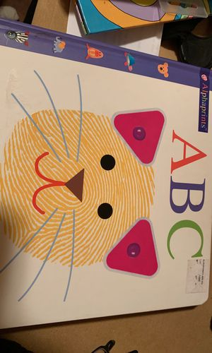 Baby book for Sale in Abilene, TX