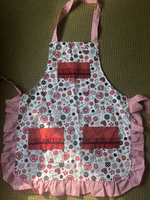 New. Cute apron for Sale in Vancouver, WA