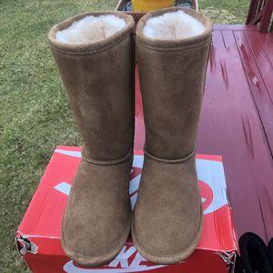 BearPaw Boots Sz6 Unisex for Sale in Pennsville, NJ