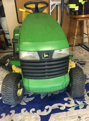 John Deere lt155 riding mower lawn tractor for Sale in Federal Way, WA