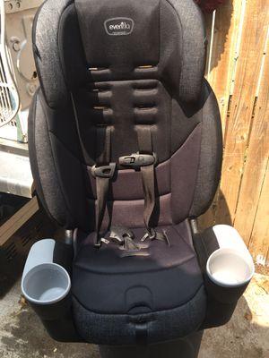 eveflo car seat for Sale in Grand Prairie, TX